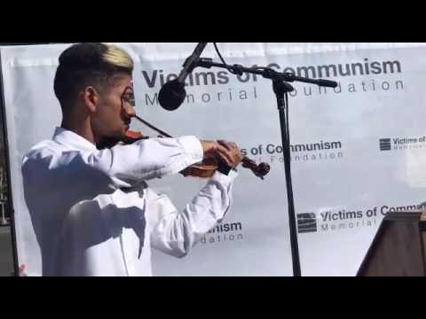 Violinista Wuilly Arteaga homenajeó a víctimas del comunismo en Washington