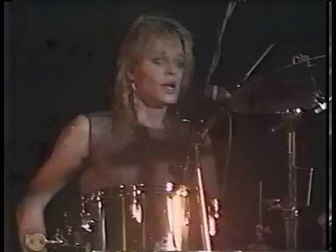 Hanoi Rocks - Blitzkrieg Bop (live Marquee Club 1983) HD