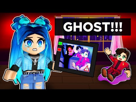 Hunting for GHOSTS in Roblox!