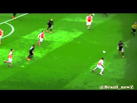 Amazing dribbling by back-heel skill - Philippe Coutinho Vs Arsenal