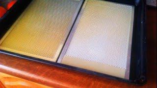 Как очистить фильтр вытяжки - просто и эффективно.(Видео-ролик о том, как просто и эффективно почистить фильтр вытяжки от жира и копоти., 2015-03-05T15:00:39.000Z)