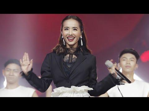 2016-10-15 蔡依林 Jolin Tsai -《大藝術家》+《舞孃》+《PLAY我呸》Live@第11屆金鷹電視藝術節互聯盛典