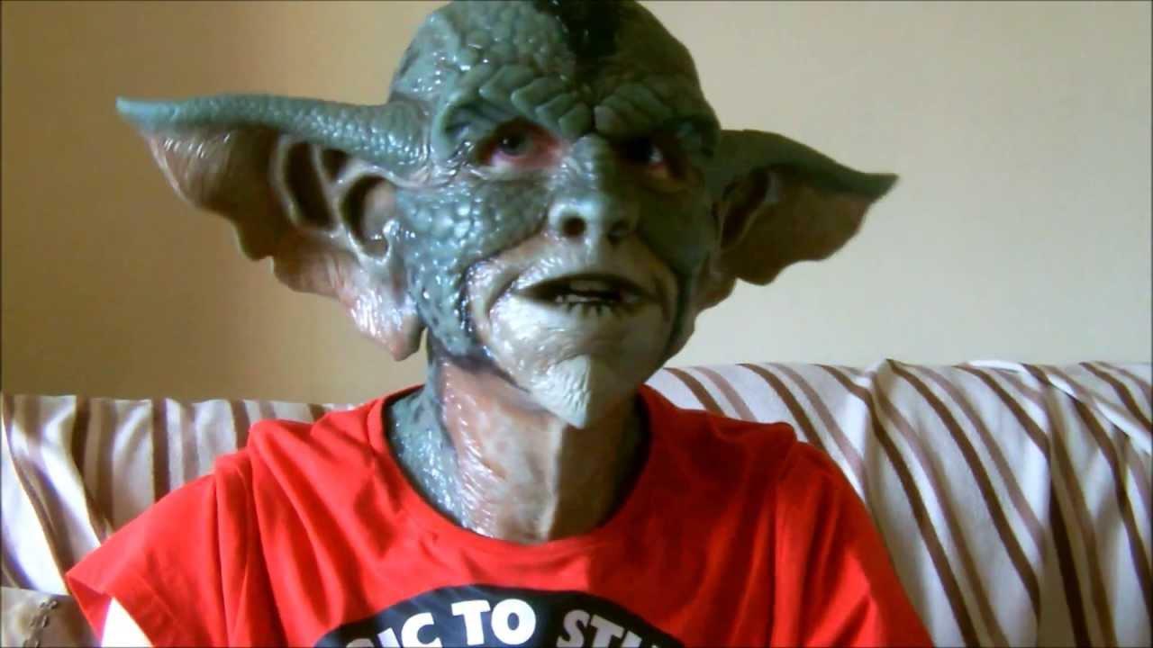 Cfx Gremlin Silcone Mask Movement Youtube
