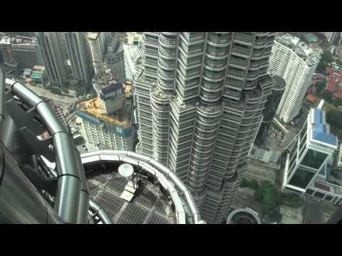 [HD] Petronas Twin Tower Skybridge (Lvl 41) & Observation Deck (Lvl 86) Visit