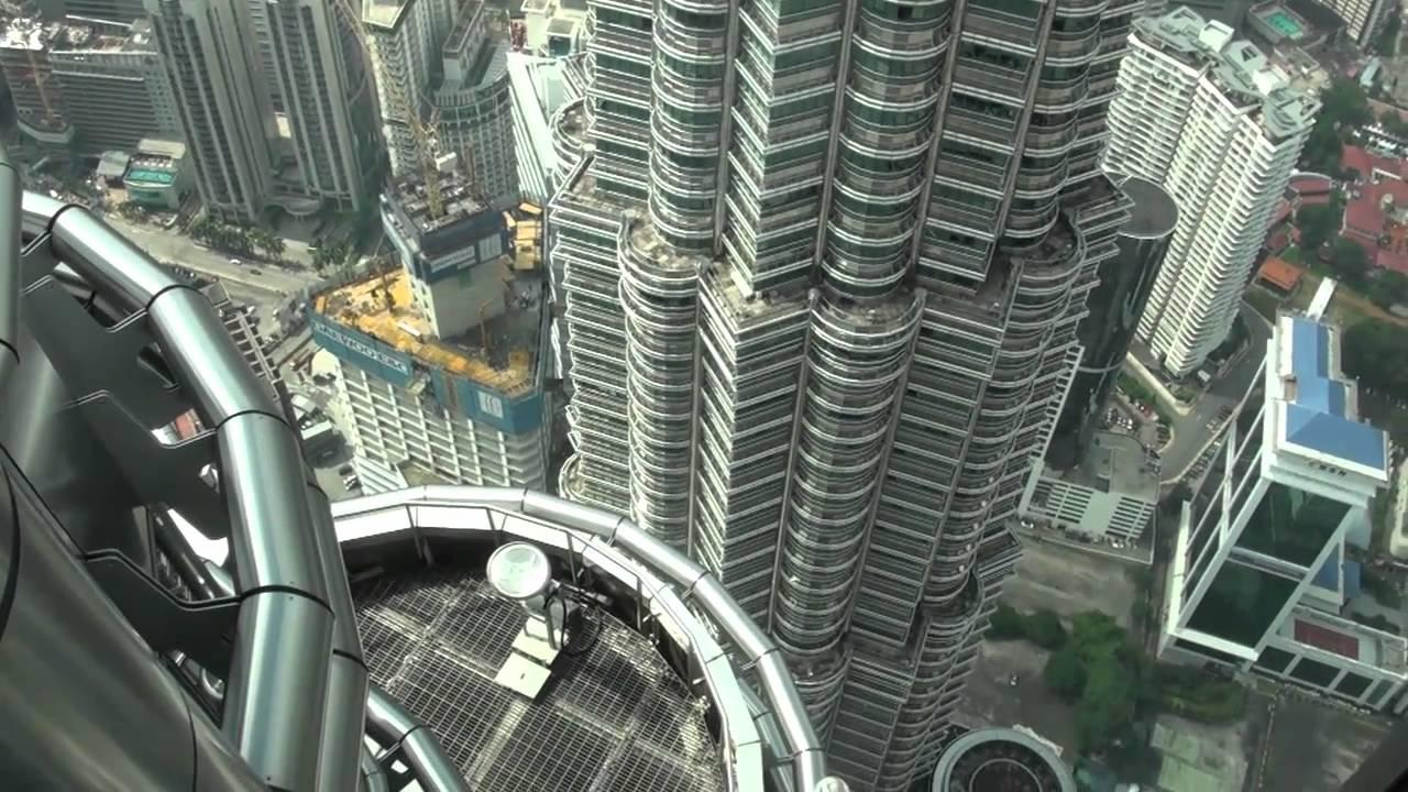 [HD] Petronas Twin Tower Skybridge (Lvl 41) & Observation