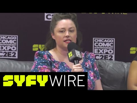 Symphony Sanders And Teresa McElroy Play Fangrrls' Grrl Gang Game | C2E2 | SYFY WIRE