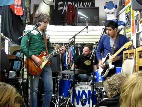 Be/Non - Scrit-Chi - Live At Earwaxx Records, Record Store Day, KC, MO, 4/16/11