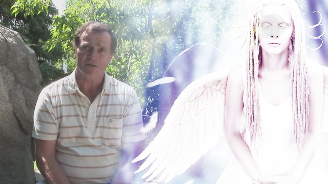 фото ангела документальные машут ручками