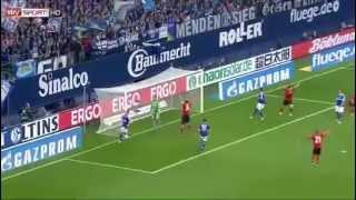 25 bàn của vua phá lưới Bundesliga