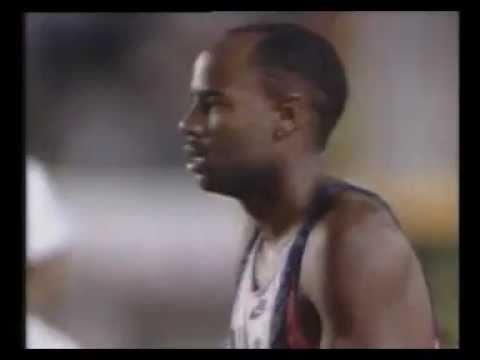 record du monde du saut en longueur masculin mike powell 8m95 tokio 1991 youtube. Black Bedroom Furniture Sets. Home Design Ideas