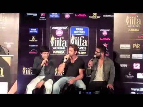 Farhan Akhtar Hrithik Roshan and Shahid Kapoor Singing