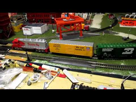 My HO scale model railroad layout (9/12/14)
