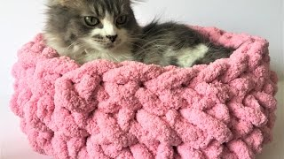 HAND CROCHET A CAT BED IN 15 MINUTES! NO HOOK NEEDED! 10% OFF