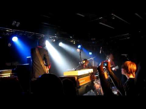 DeWolff  -  Seashell Woman  Live at De Peppel 21-10-11 (2) mp3