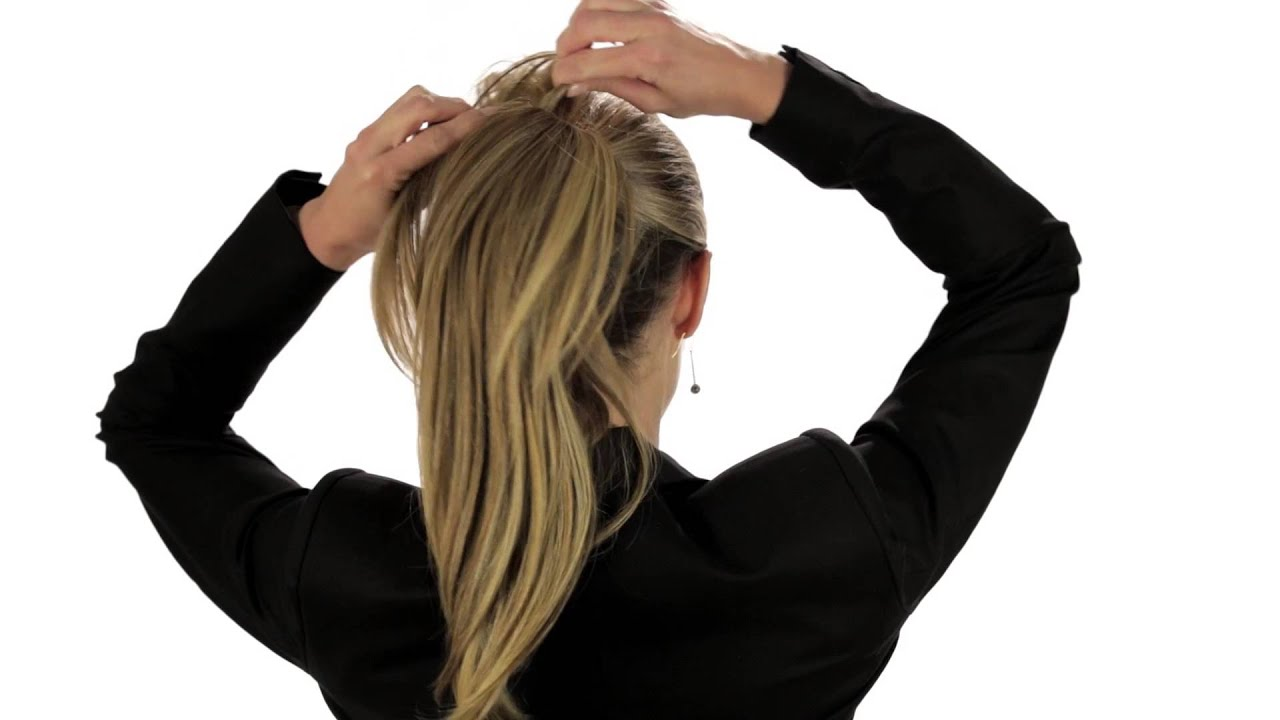 How To Put On A Hair2wear Ponytail Christie Brinkley Collection
