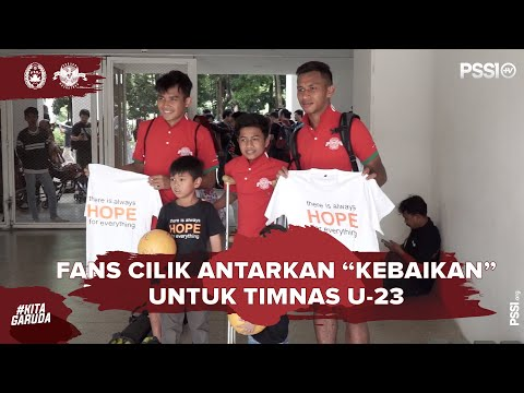 "KITA GARUDA: Fans Cilik ""Antarkan Kebaikan"" Untuk Timnas U - 23"