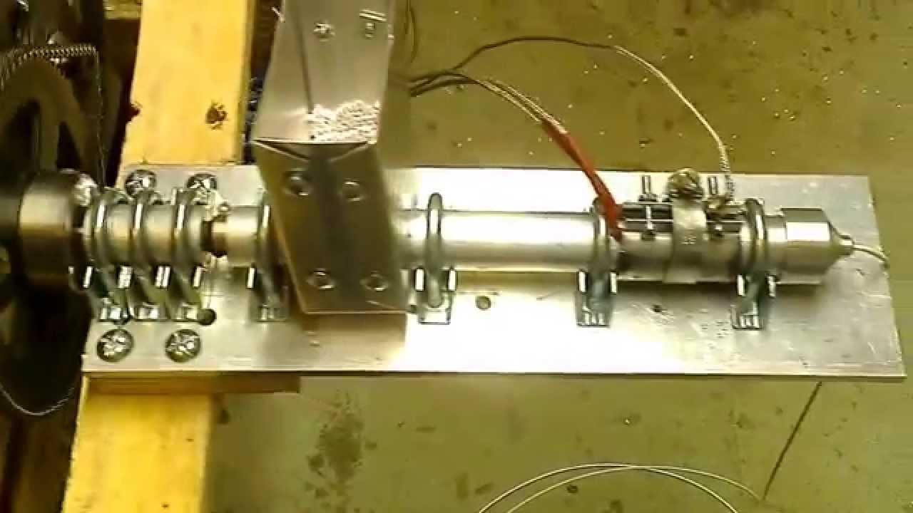 3d Printer Filament >> FilaFab - Desktop Filament Extruder in action ...