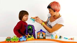 Видео для детей. Развивающие игры для детей. Lego конструктор. Строим железную дорогу для динозавров(А ты уже умеешь строить железную дорогу и считать до 6? Если нет, тогда смотри и делай вместе с нами. Сегодня..., 2015-11-29T04:34:38.000Z)
