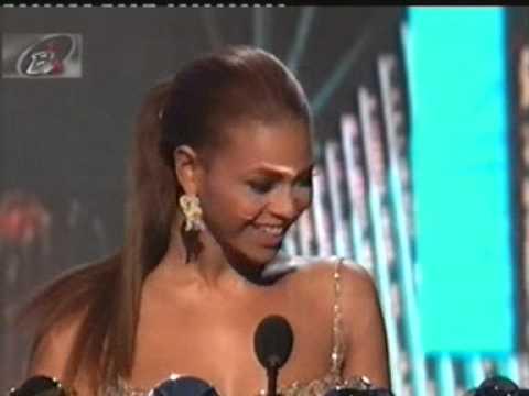 Beyoncé Wins Big at the 2003 Billboard Music Awards
