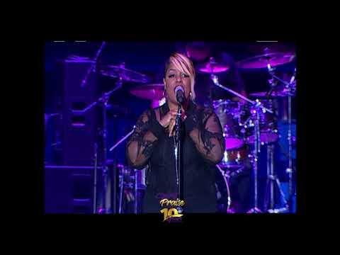 Anita Wilson Performs Live At the 2017 Spirit Of Praise