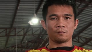 Srisaket Sor Rungvisai's path to greatness was filled with seemingly insurmountable challenges. From working as a garbage collector to becoming a WBC ...