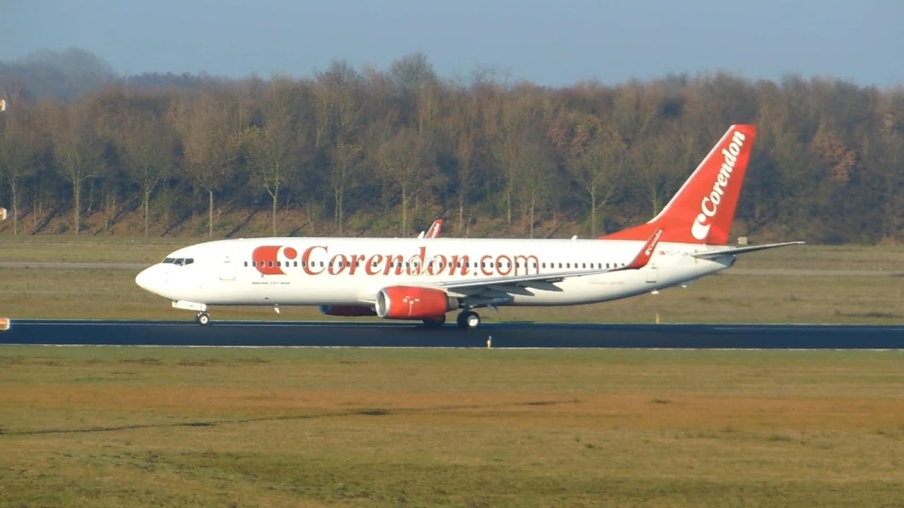 Corendon Airlines Boeing 737-800 Takeoff Eindhoven Airport ...