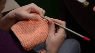 Вязаная шапочка  крючком для новорожденной. Видео процесса.