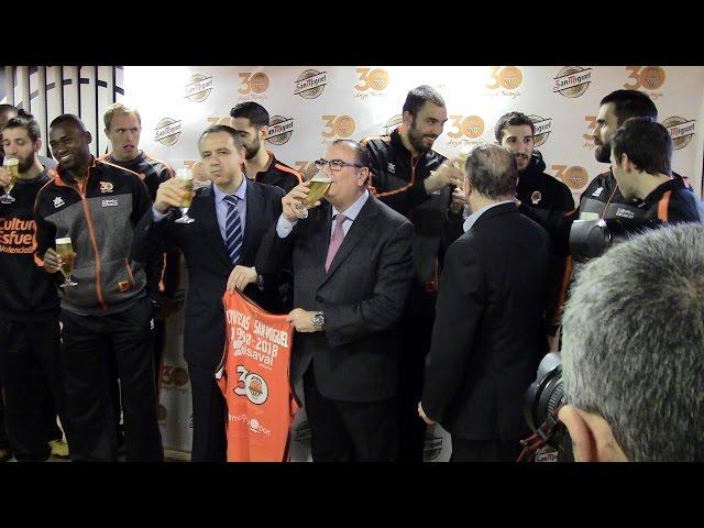 Cerveza gratis para los aficionados del Valencia Basket