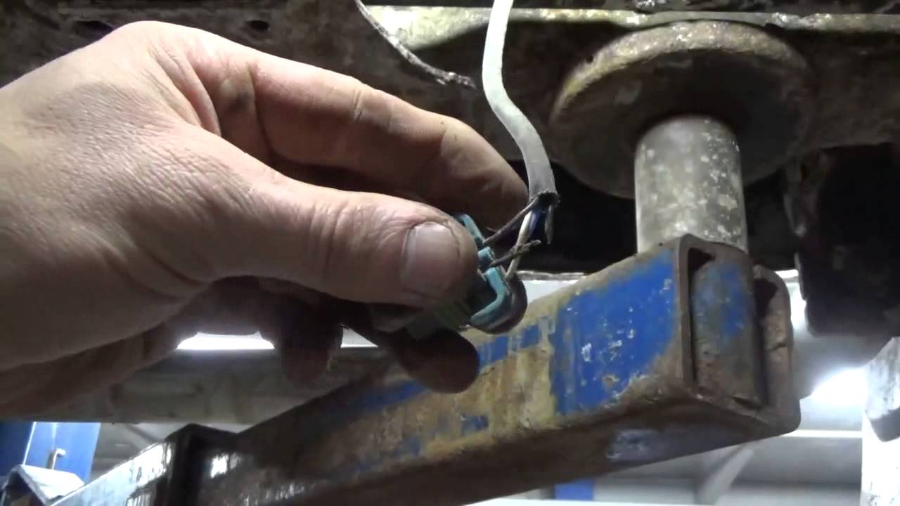 Chevy Truck Bank 1 Sensor 2 02 Problems P0036 P0054 P0141 Youtube Wiring Harness