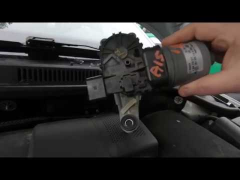 2013 VW Jetta wiper motor  fuse replacement - YouTube