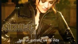Hilary Duff - Stranger (español)