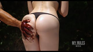 Repeat youtube video Model's Butt Slapped With Chocolate at 5,000 Frames Per Second!