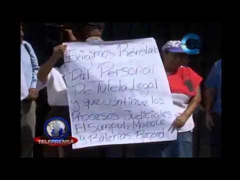 Comunidades Católicas piden renuncia de José Luis Escobar Alas