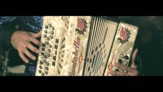 Alto K-libre: con la tuba por un lado (el R) (video oficial) YouTube Videos