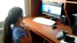 Как некоторые Белиберы смотрят клип Джастина Бибера