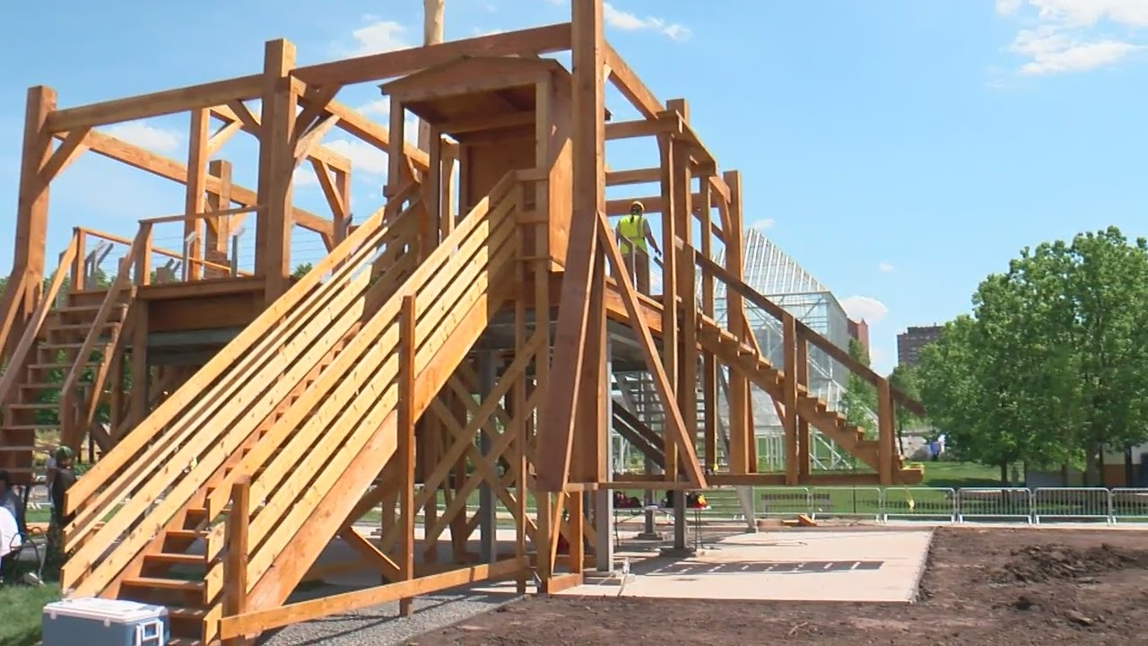 Walker\'s Gallows Sculpture Dismantled After Uproar - YouTube