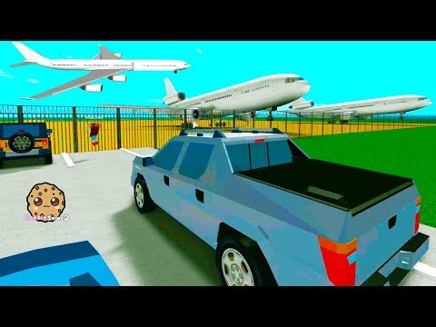 Flying In The Sky ! Airplane Roblox Game Play Cookie Swirl C Video