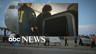 Man who acted erratically on Honolulu flight went through screening twice