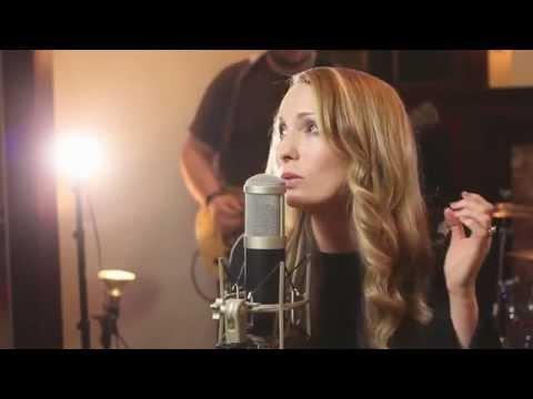 Holy Spirit/Oceans - Kim Walker/ Hillsong Mashup (Cover with Lyrics)