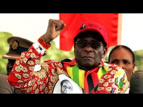 Robert Mugabe arrives in South Africa