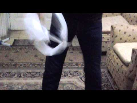 fastest time to unravel toilet roll using one hand