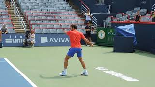 Federer smooth training rally