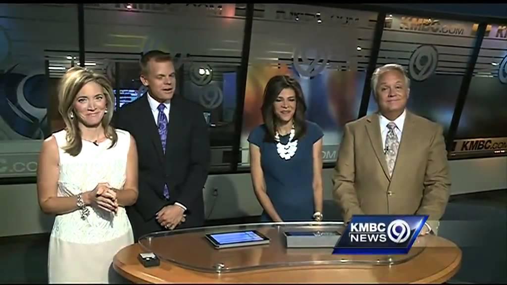 Kmbc 9 News >> KMBC anchor spells out sweet announcement - YouTube