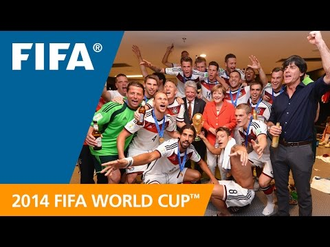 DIE MANNSCHAFT Trailer - World Cup Film