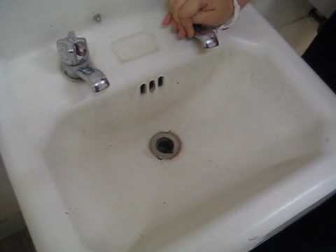 unclog dishwasher | HOW TO: flood the sink - YouTube