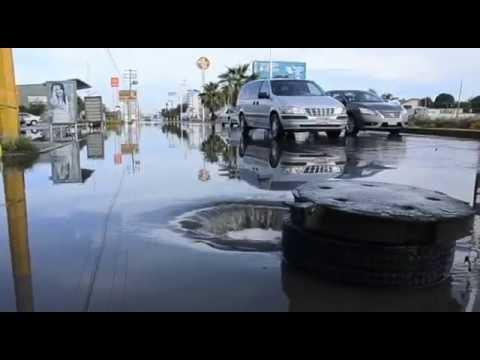 Se inundan calles en Torreón