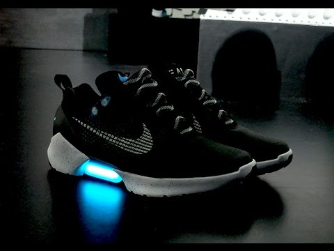 quality design 84d58 f963d Nike HyperAdapt 1.0 Sneakers First Look  Self tying Shoelaces
