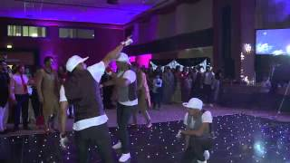 Indian wedding dance with Back2Back Dancers with Groom!! What a reaction from the Crowd! Must see
