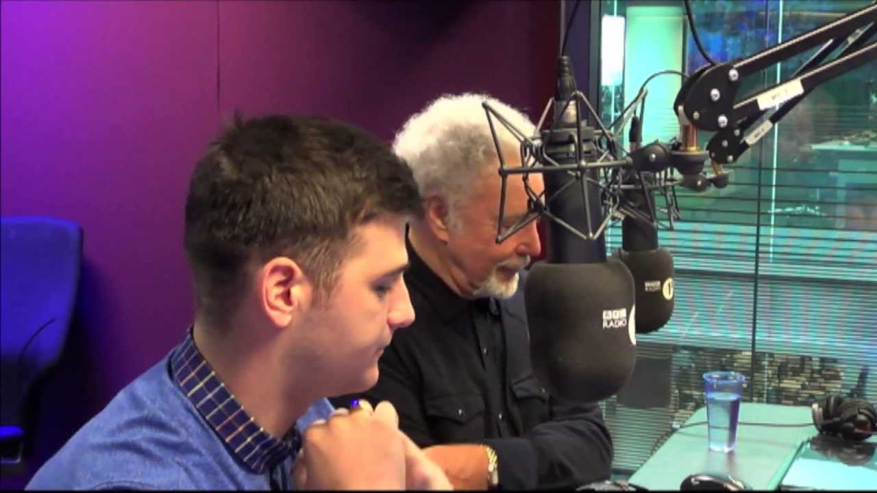Tom Jones and and Mike Ward from 'The Voice'