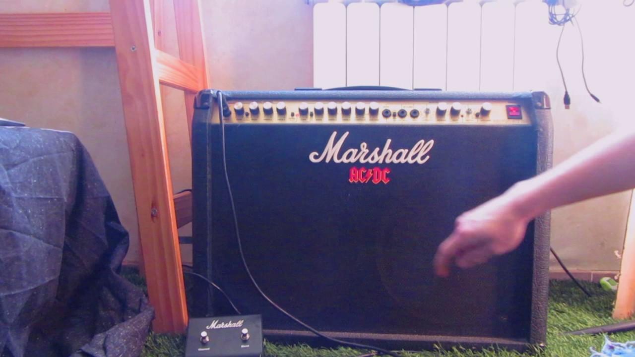 Changement Lampe De Preampli Marshall S80 Stereo Chorus 8240 Youtube